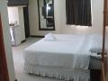 lost-horizon-beach-resort-suite-room-6