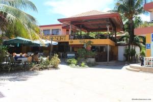lost-horizon beach resort -2014